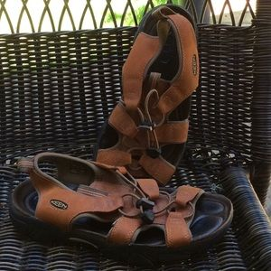 KEEN open toe waterproof sandals